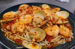 Shrimp E Clams Fradiavolo Spacy