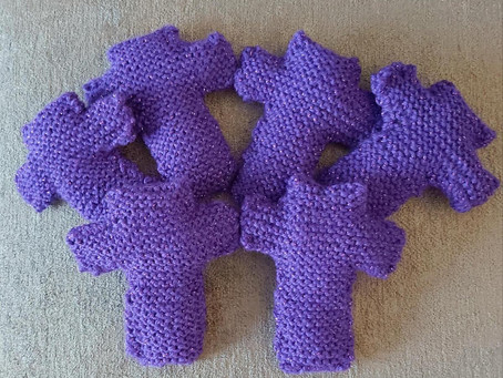 Knitted crosses update...
