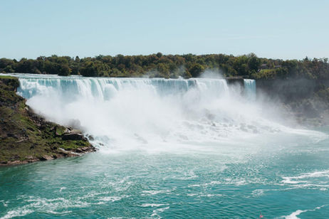 Niagara Falls Compressed.jpeg