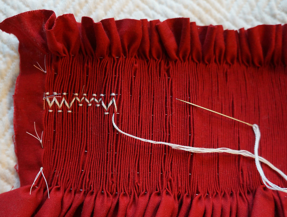 Smocking: continue along the row