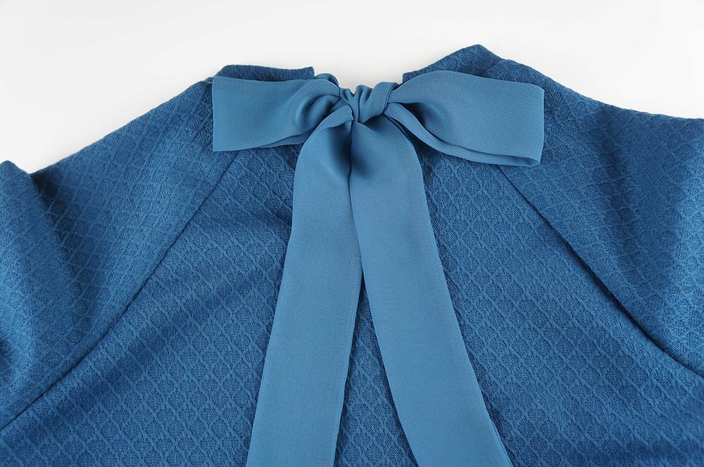 Back of sweatshirt showing the chiffon bow.