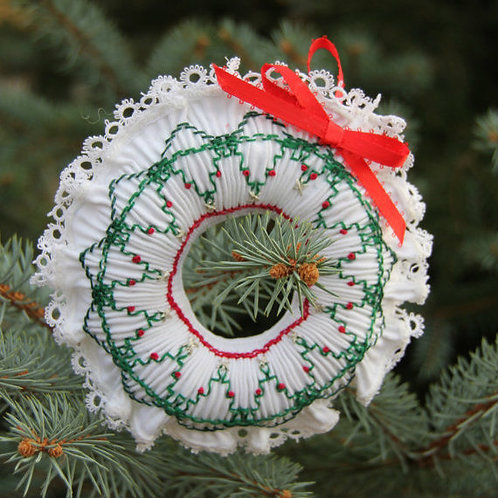 Smocked Wreath Ornament Kit