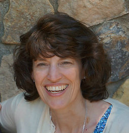 Lisa Hawkes 1200.jpg