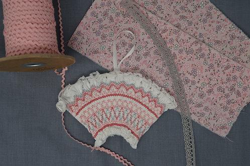 Pink Fan Ornament Kit