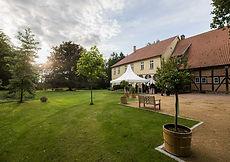 Scheune, Event, Tagung, Hochzeit, Feier, Feiern, Altes Gutshaus, Eldingen, Bargfeld, Garten, Grün, Natur, Fachwerk