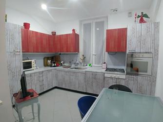 Rinnovata la cucina della casa al mare