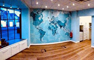 riqualificazione e decorazione showroom aziendale