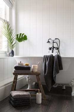 Soak&Sleep bathroom shoot