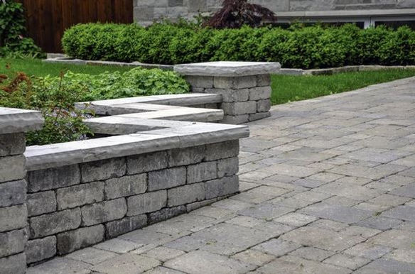 Stone Block Retaining Walls and Landscap