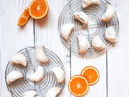 Mezzelune ai datteri e profumo di arancia