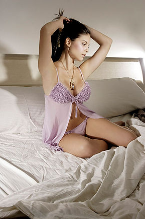 fotografia boudoir por lorena riga en madrid retiro ana storm para revista tendencia