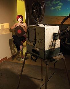 fotografia de retrato editorial por dondyk riga estudio creativo madrid Patricia Ortega para revista tendencia