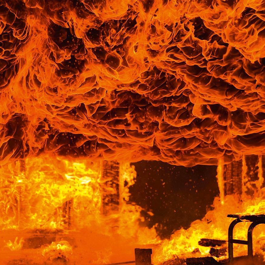 blum_coverohne_fire.jpg