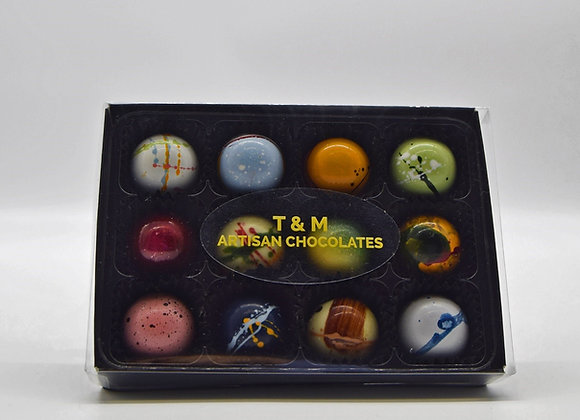 Signature box - 12 Luxury, hand crafted Artisan Chocolates