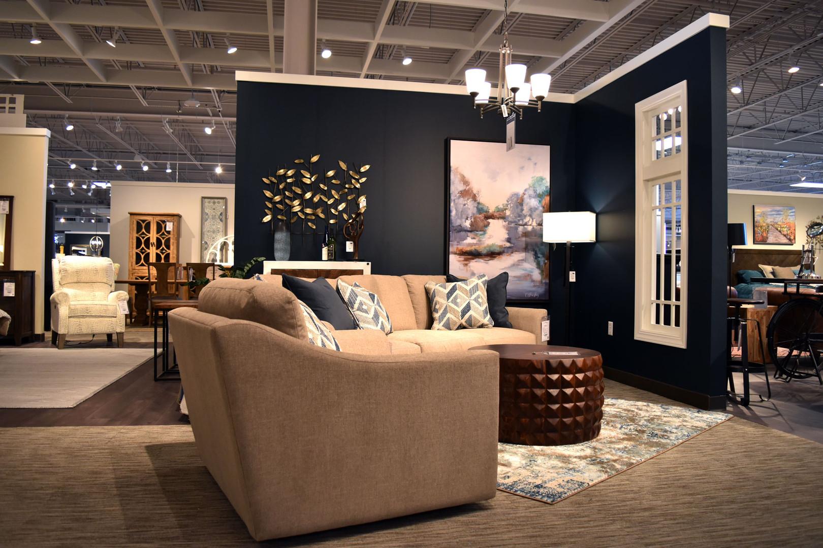 HOM Furniture '20