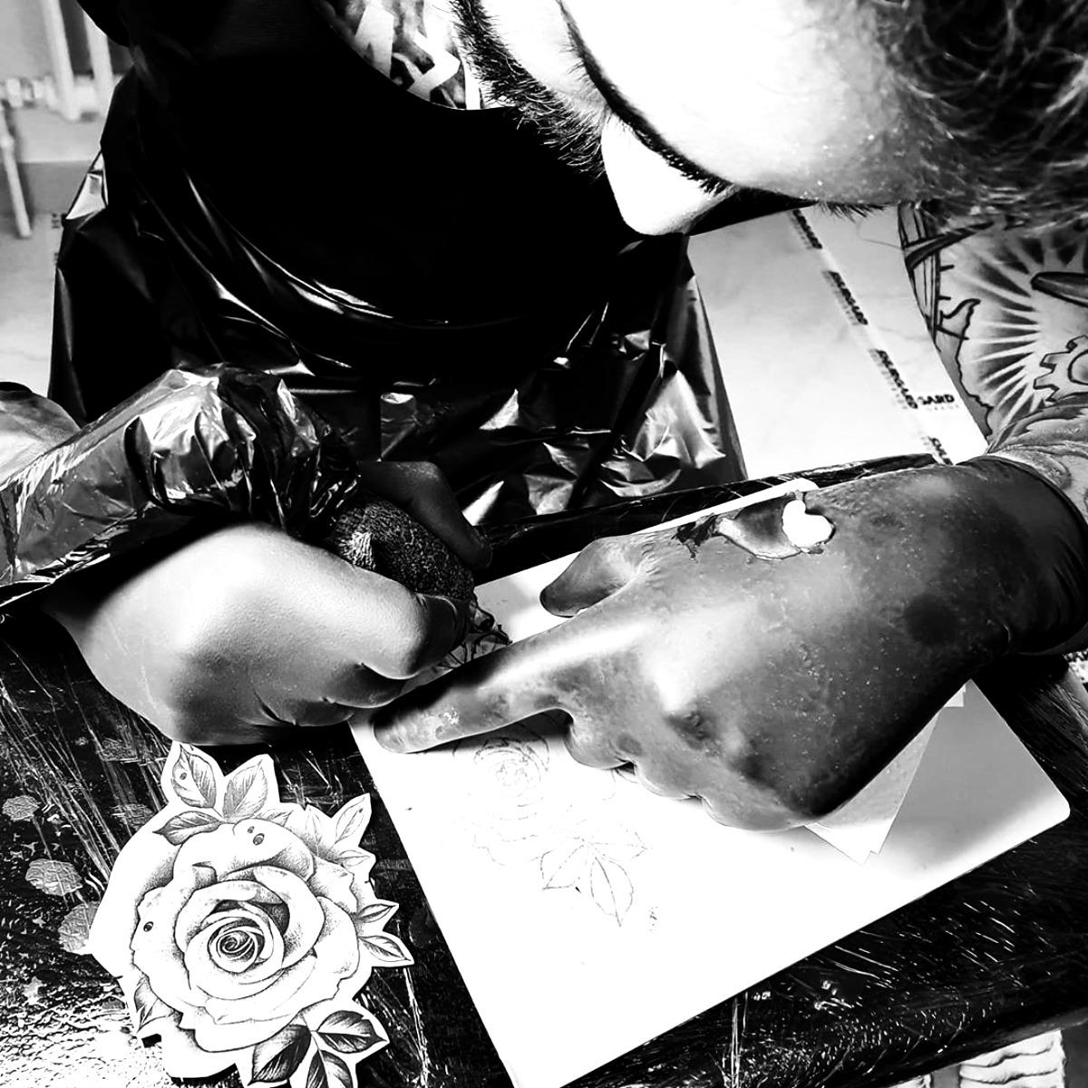 Apprentis tatoueur