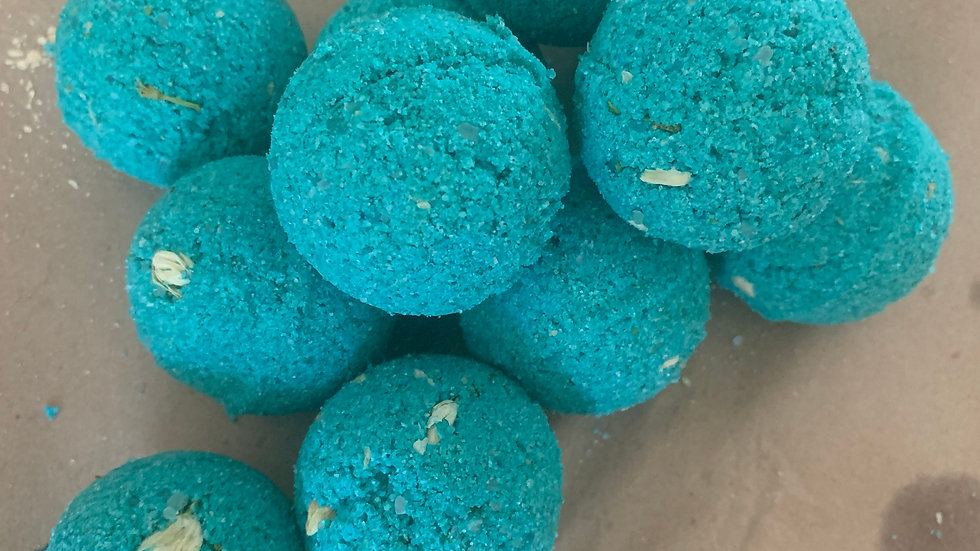 100% Organic Vegan Handmade Hemp CBD infused Scented and Colored Bathbombs