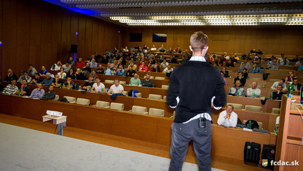 Präsentation vor Profitrainern