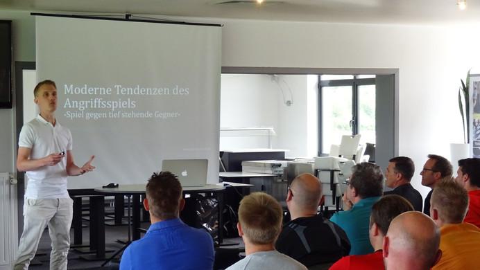 Theoriepräsentation in Belgien