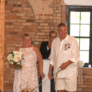 bride groom arch.jpeg