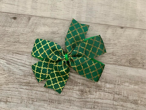 Green Quatrefoil Mini Pinwheel Bow