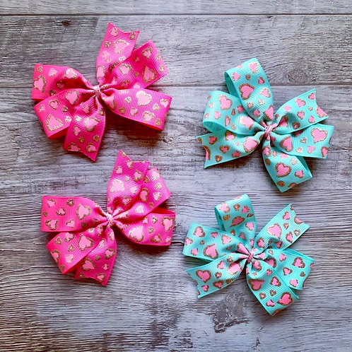 Sparkle Hearts Mini Pinwheel Bow