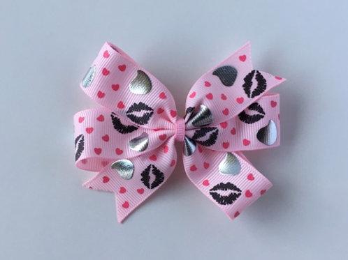 Chocolate Kisses Mini Pinwheel Bow