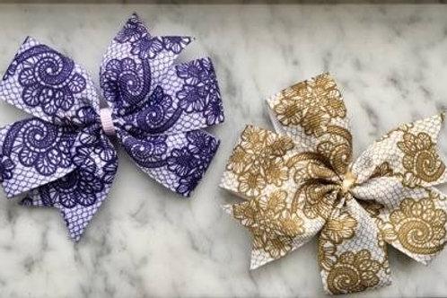 SALE Vintage Lace Mini Pinwheel Bow