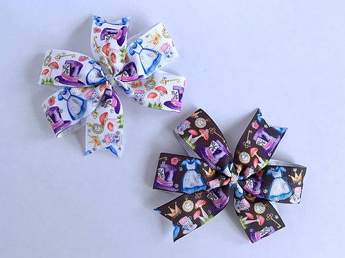 Alice and Friends Mini Pinwheel Bow