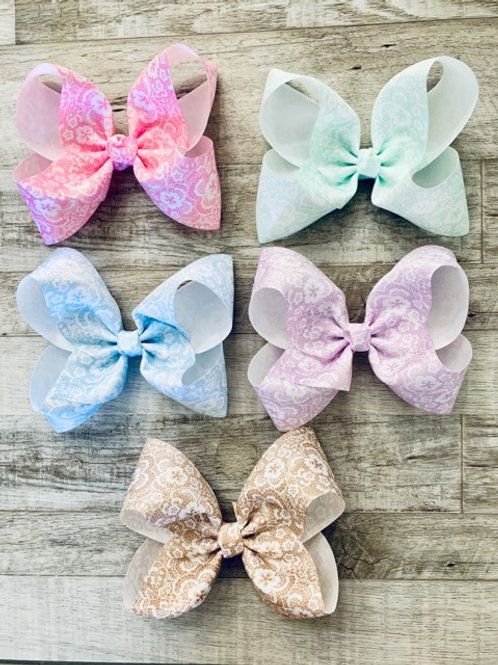 Vintage Lace Loopy Bow