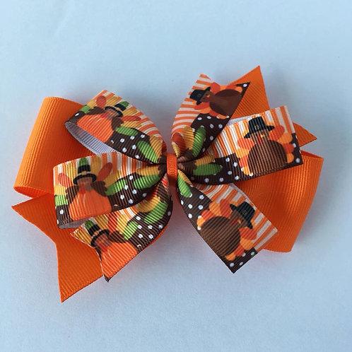 Turkeys double pinwheel bow