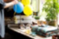 ah_butiksbild_studentballonger_low.jpg