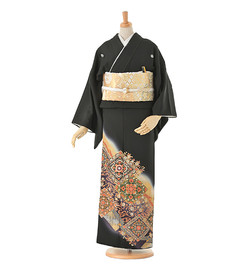 H4 黒留袖 ¥44,800+税