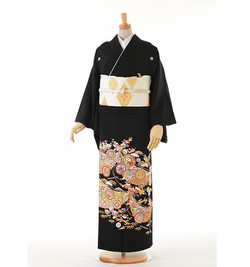 C2 黒留袖 ¥19,800+税