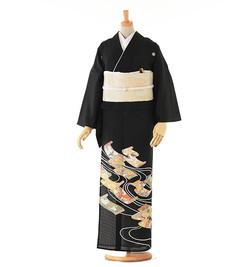 D4 黒留袖 ¥24,800+税