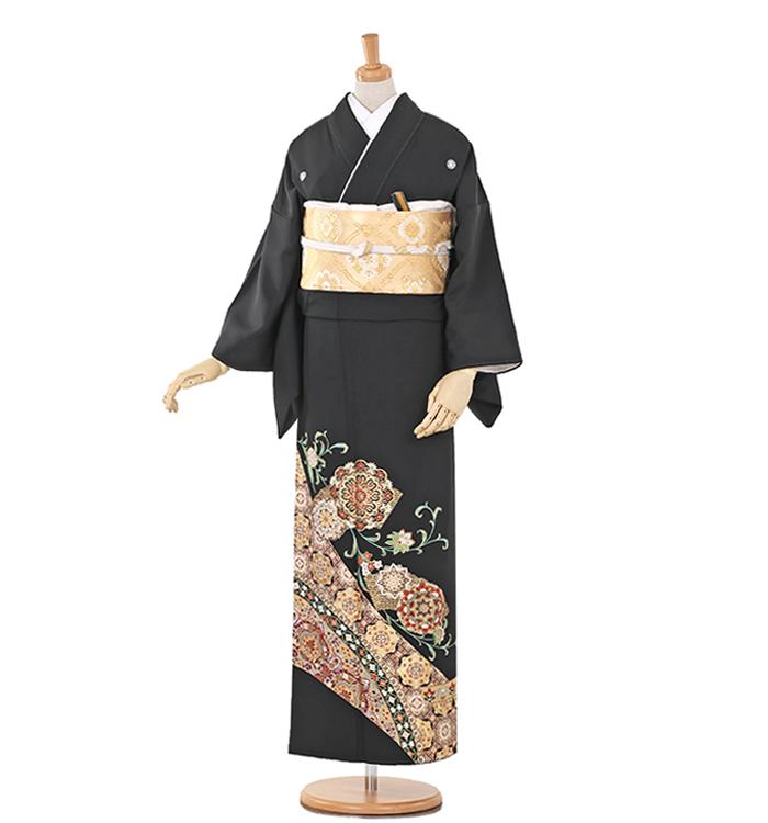 E2 黒留袖 ¥29,800+税