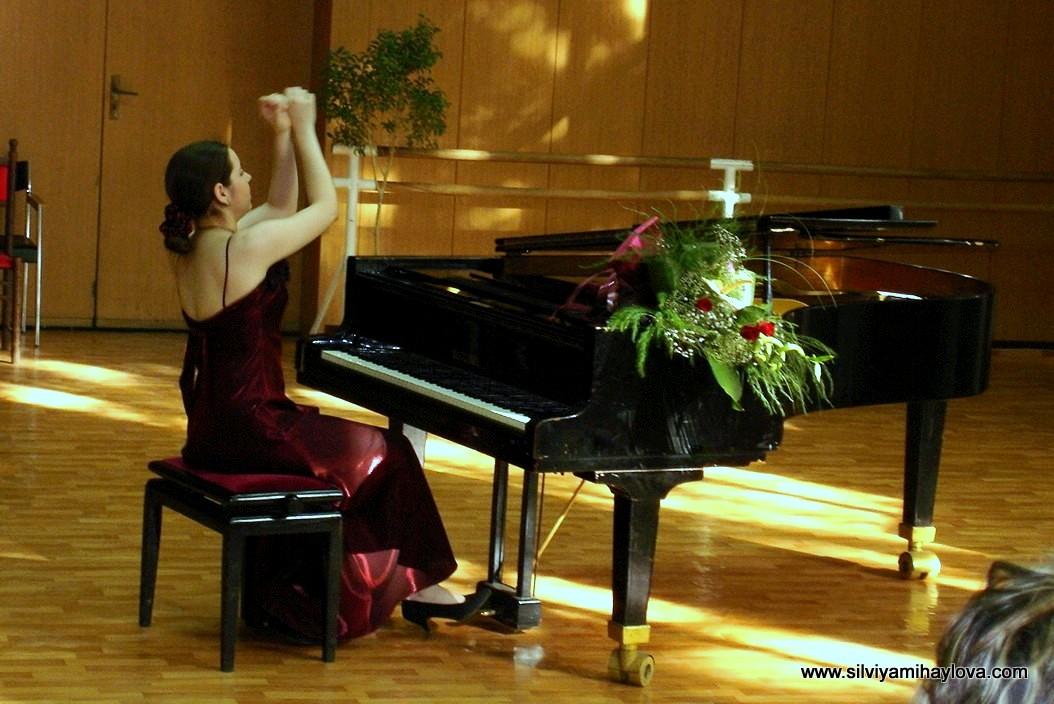 Silviya Mihaylova Concert 2005.JPG