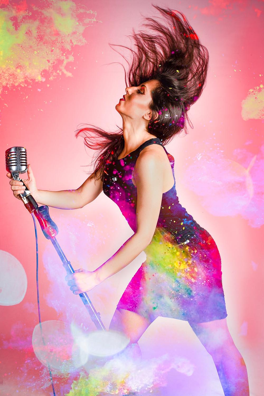 Singer Alice Triskel