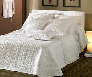 confection dessus de lit. Black Bedroom Furniture Sets. Home Design Ideas