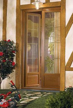 Porte_fenêtre_ton_chêne_doré_avec_petits