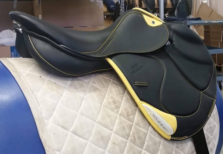 Zaria Optimum with yellow accents