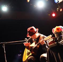 次回ソロライブは茨木の素敵カフェなかちよにて!__ベスト盤収録曲に、__新曲(こ
