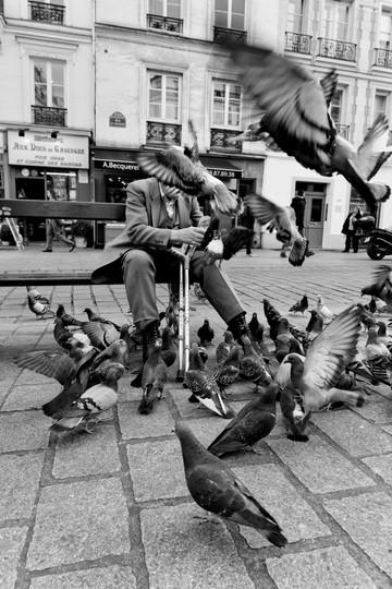 Paris - Street Photography 156-Edit.jpg
