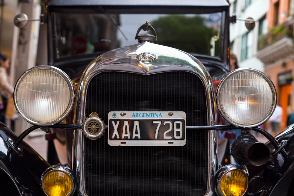 Old Car, San Telmo 004.jpg