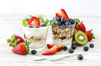 เมนูโยเกิร์ตกับผลไม้ เพื่อสุขภาพดีคูณสอง