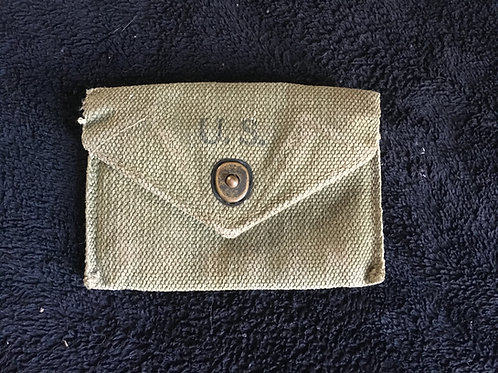 WWII US bandage pouch