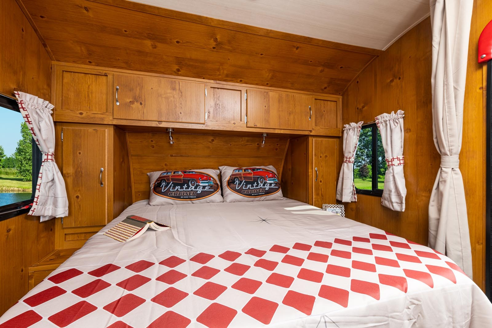 21 vn 19rbs crim bed
