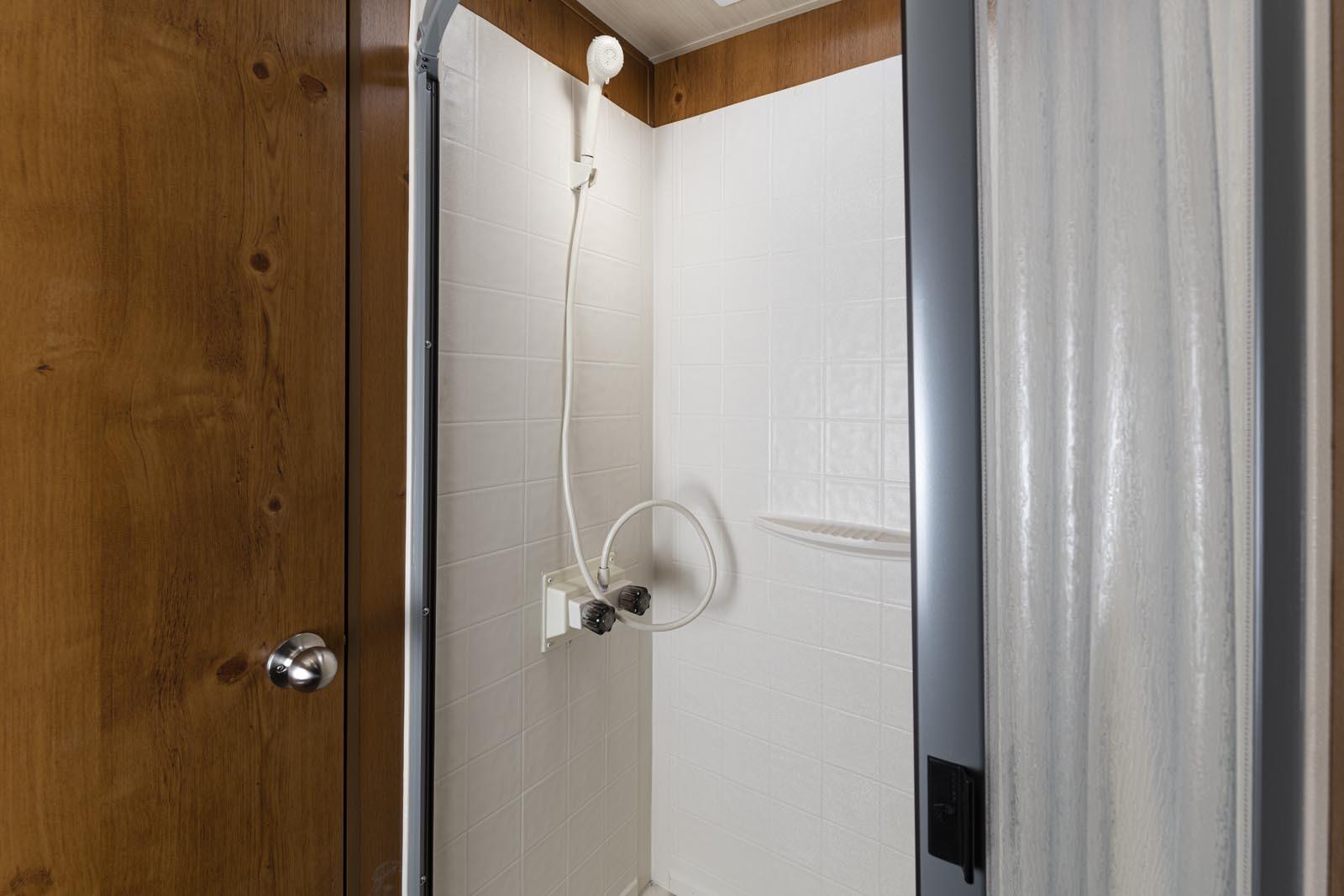 21 23rss crim shower