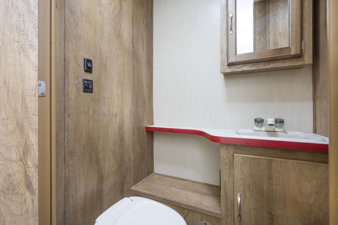 21 19erd crim bathroom