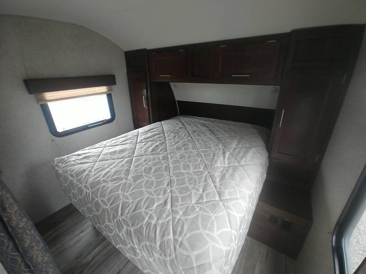 2019 GW 22RD Bedroom